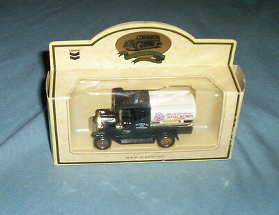 New In Box Chevron Red Crown Gasoline Standard Oil Company Diecast Toy Truck