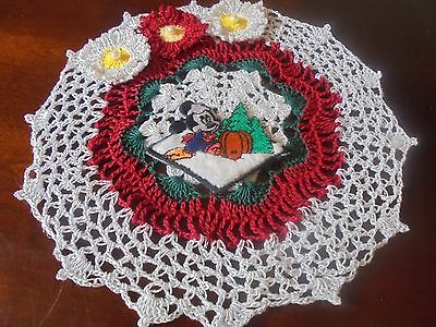 NEW Hand Crochet Doily CHRISTMAS! Mickey Mouse Sparkly White Red Green Flowers