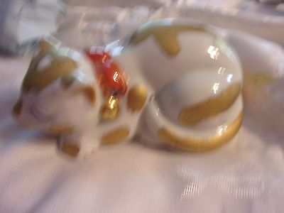 """Vintage Japan ceramic Cat Figurines white and gold signed  5.5"""" long - LOTDEB"""