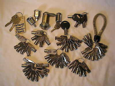 Old Big Lot Of Mail Box Vending Gumball Slot Machine Keys And Some Locks