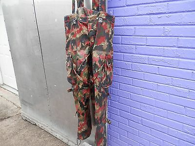SWISS ALPENFLAGE CAMO FIELD PANTS  34 x 27