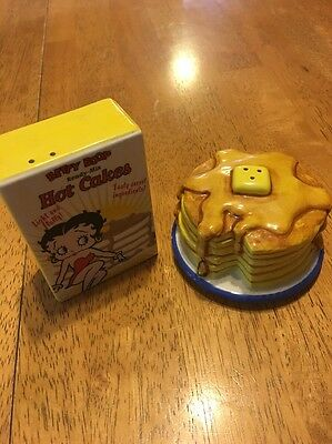 Betty Boop Hot Cakes Pancakes Salt And Pepper Shakers