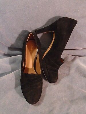 Women's Clarks Artisan Black Suede Leather Heels Size 8 M
