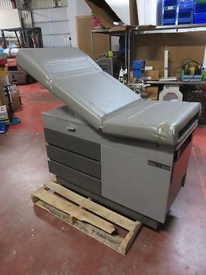 Ritter 104 OB / Gyn Medical Exam Table 100-023 with Drawers