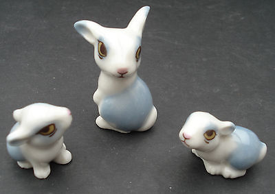 Vintage Wade Happy Rabbit Family