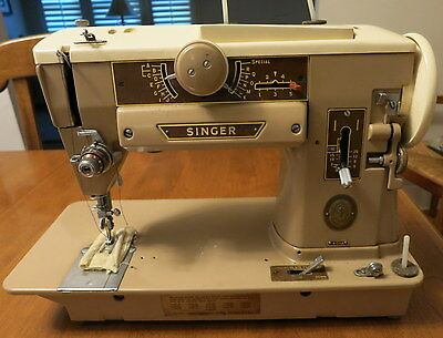 """Vintage Singer 401A Sewing Machine """" for parts or repairs''"""