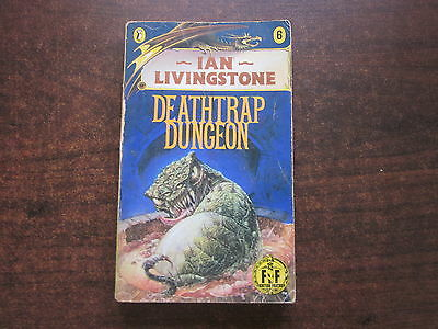 DEATHTRAP DUNGEON Ian Livingstone FIGHTING FANTASY #6 Game Book 1987 Paperback