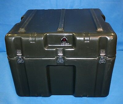 """Hardigg Hard Plastic Transport Container Water Resistant Hinged 25.5""""x24""""x19"""""""