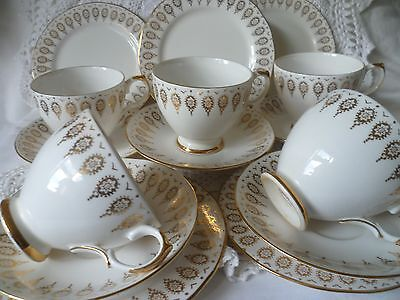 15 Pce Vintage Queen Anne White & Gilded Teaset-5 Cups,Saucers & Side Plates