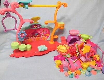 Littlest Pet Shop Tricks and Talents Show Playset Stage and 10 Random Accessory