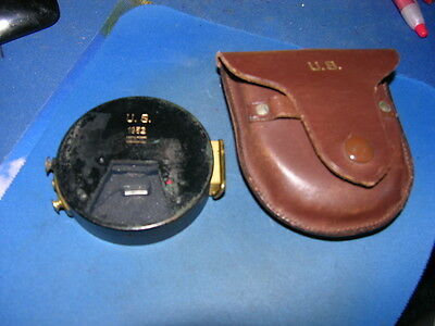 Vintage 1952 US Brass Marching Compass S&W with US Leather Case