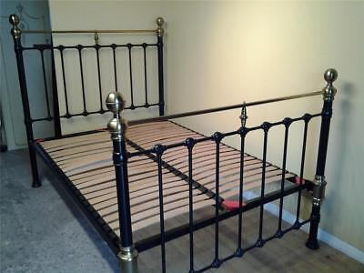 Victorian style brass and iron 4'6 double bed with slats