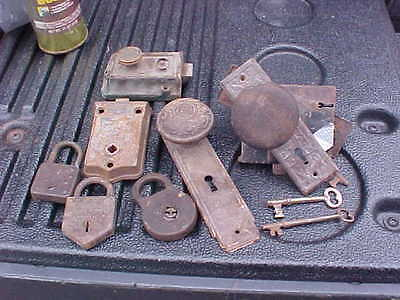 Lot Of Antique Victorian Skelton Keys Plates Door Latch, Locks Misc Parts