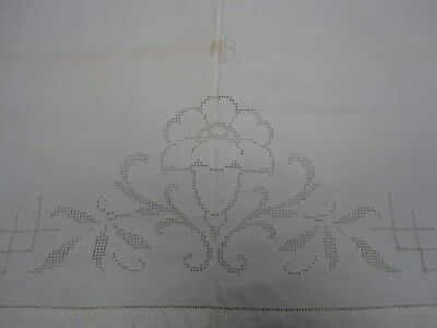 ANTIQUE WHITE LINEN SHEET with BUTTONHOLES ALL AROUND w CUTWORK FLOWER 60 x 95