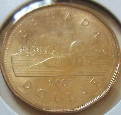 2007 Canada Loonie One Dollar Coin. (UNC.)