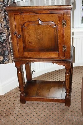 Titchmarsh & Goodwin English Oak Display Hall Cabinet