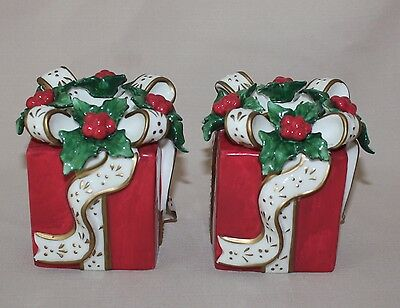 2001 Set 2 Avon Christmas Present Gift Taper Candle Holders Square Red Box Holly
