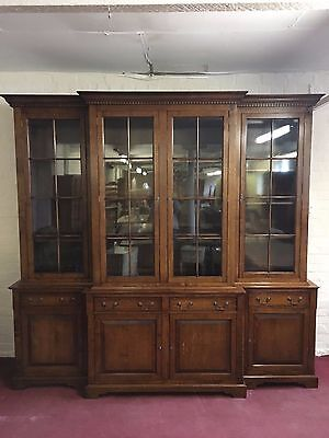 Impressive Top Quality Solid Oak Breakfront Bookcase/cabinet /cupboard