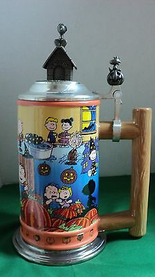 Danbury Mint Peanuts Snoopy Halloween Beer Stein Collectible Great Pumpkin