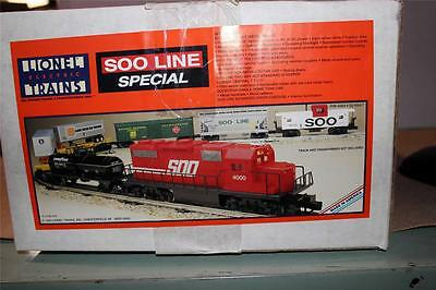New Lionel 11738 Soo Line Service Station Special Freight Set- New