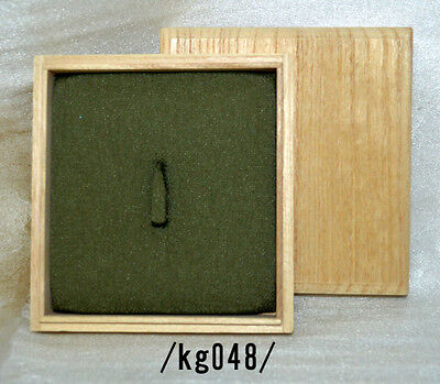 WOODEN BOX for TSUBA,USED/kg048/