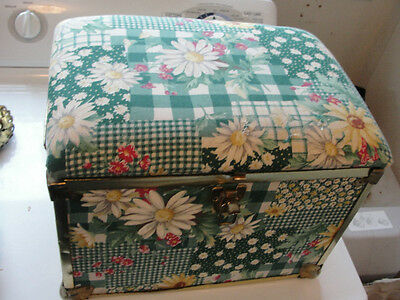 Floral Designed Truck Case,container,chest,padded Top,14 X 10 Inches