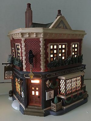 DEPT 56 Dickens Heritage Village THE HORSE & HOUNDS PUB  #58340 orig box LIGHT