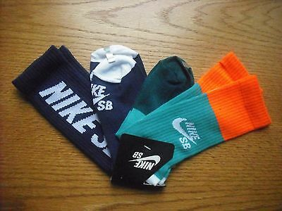 Boys/Pre-Teens NIKE SB NWT Crew Socks 2prs Purple Orange Aquas SOFT Ages 9-12