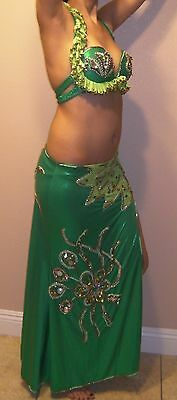 Professional Egyptian Beautiful hand-made 2pieces Green Belly Dance Costume