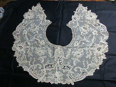 "Ecru Antique Lace Collar on Net, Very Large, 18 x 19.5"" Laying Open!!"