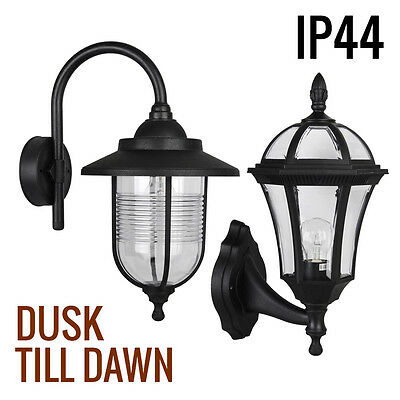 Traditional Outdoor Black Wall Lantern IP44 Patio / Garden Security LED Light
