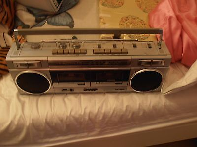Sharp GR-450 Vintage Double Cassette Recorder & Radio Ghettoblaster