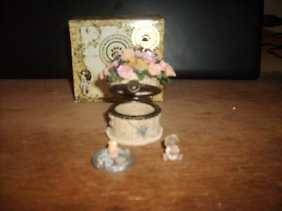 BOYDS TREASURE BOX, PINKIE'S Flower Basket with ROSE McNibble Style #82527