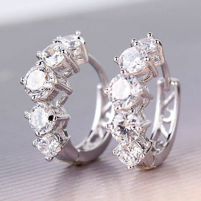 Gorgeous ! 10 kt white gold Huggie Diamond Earrings 1.5 CT !!