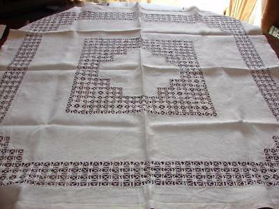 Vintage White Linen Table Cloth~Beautiful Drawnthread~37in x 35.5ins