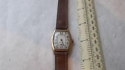 GOOD LOOKING GENTS VINTAGE CLARIDGE WRISTWATCH.ART DECO.ROLLED GOLD 10 YEAR.a/f