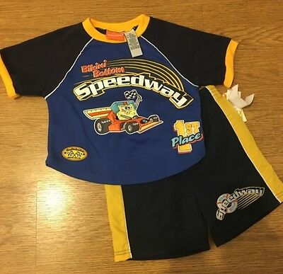 NEW Toddler Boys SpongeBob 2 Piece Outfit 3T Short Sleeve Top Shorts Set NWT