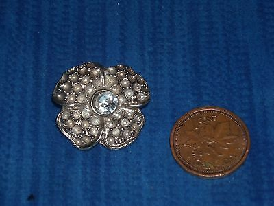 (12) N56 Vintage Gorgeous Silver button metal stamped with rhinestone