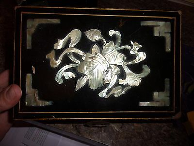 VINTAGE Chinese ~  BLACK LACQUER AND MOTHER OF PEARL BOX Brass hinge - LOTHYM