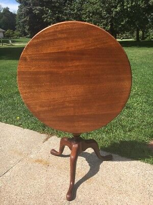 VTG SOLID MAHOGANY Candle TILT TOP Tea TABLE BIRDCAGE/QUEEN ANNE STYLE  3 Legs
