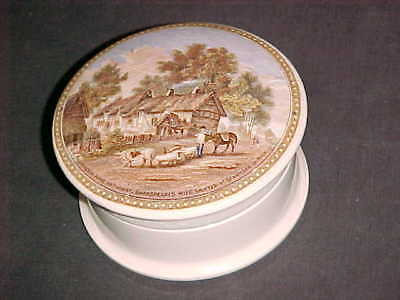 VICTORIAN CERAMIC POT & POT LID Residence Anne Hathaway, Shakespeare's Wife