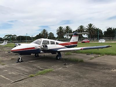 1982 Piper PA-44-180T Turbo Seminole Project - LOW Time Engines Easy Project!