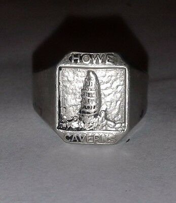 Howe Caverns Souvenir Ring Vintage Metal Collectible Ny
