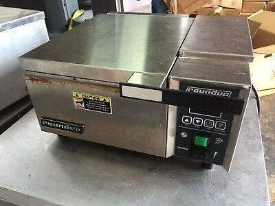 Roundup Table Top Commercial Steamer model DFW-150CF in Working Condition