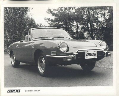 1972 Fiat 850 Sport Spider ORIGINAL Factory Photograph wy3701