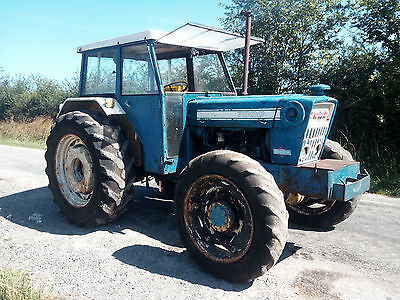 Ford 7000 4WD tractor