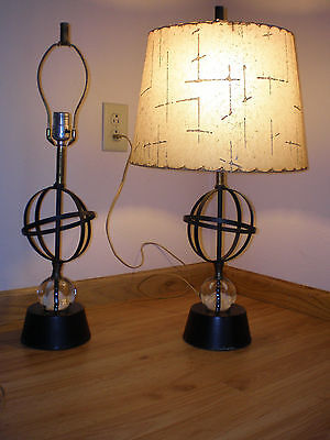 VINTAGE Metal Sphere Orb Glass Orb Lamp Mid Century Retro Atomic (only ONE LAMP)