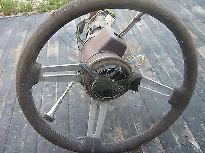 Used Generan Motors ?? Steering Wheel Key and Accessories good for decor