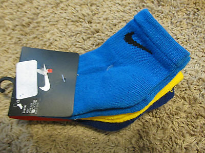 Toddler Boys NWT NIKE Crew Socks 3prs yellow,blue, and royal blue size 5-6