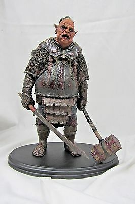 Sideshow Weta  Lotr Fellowship Of The Ring Orc Brute Polystone Statue